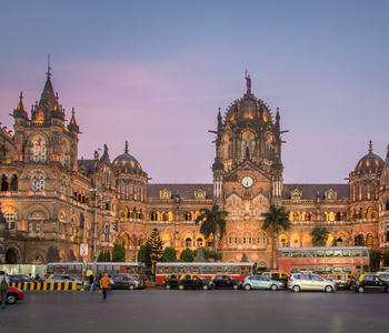 Cabs from Pune to Mumbai
